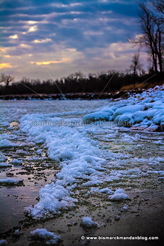 river_ice_32240