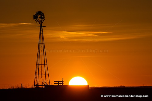 sunset_windmill_36661