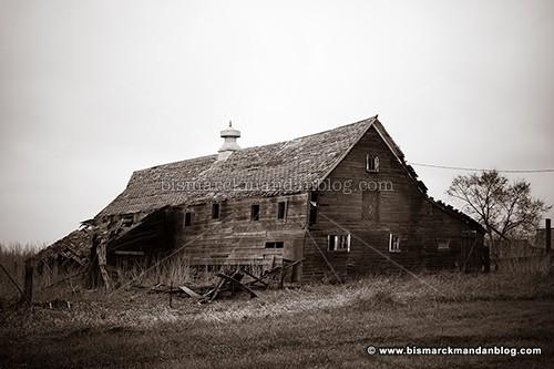 fallen_farm_36901