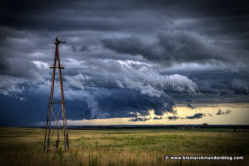 windmill_storm_40782-4_hdr
