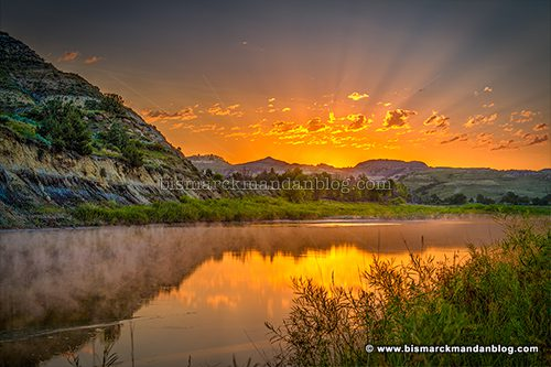 badlands_sunrise_41752-7_hdr