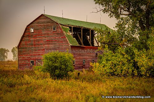 fall_barn_43907-9_hdr