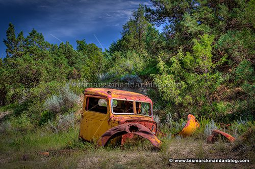 old_truck_42105-7_hdr