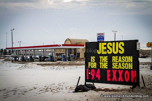 exxon_sign_44326