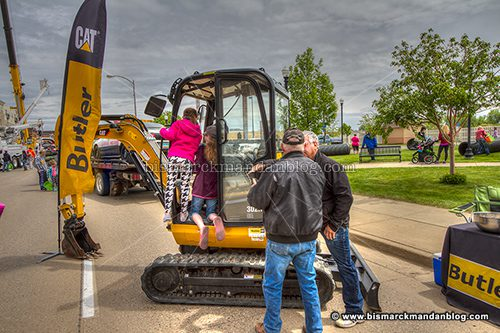 touch-a-truck_45980-2